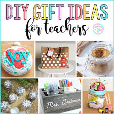 Here are 16 DIY holiday gifts for teachers. These homemade teacher gifts  are simple and