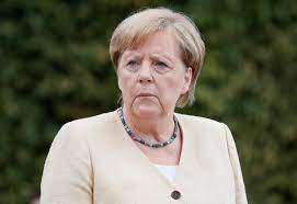 Merkel offers reassurances on Russia ...