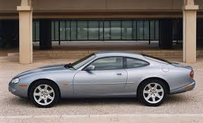 Jaguar XK8 Coupé (1996 - 2005) Photos | Parkers