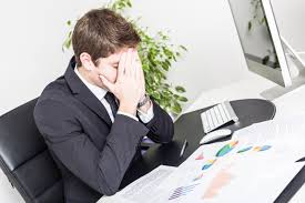 mistakes unhappy project managers make daily