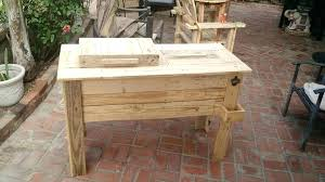 wooden pallet outdoor cooler stand ideas ice chest