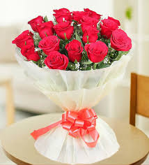 Red Paper Flower 18 Red Rose Bunch White Paper Packing