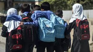 في إمارة أفغانستان.. التعليم والعمل للذكور وحدهم!