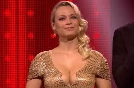 An Lemmens steelt weer de show in 'The Voice'-finale met dui... - Het  Nieuwsblad Mobile