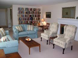 New England Living Room Phillips Academy Area Ideal For Families Visiting Campus