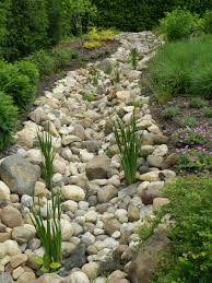 Dry Stream Garden Design 50 Diy Dry Creek Landscaping Ideas With Pictures Rain