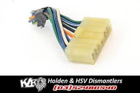 holden sedan power window switch plug loom wiring harness vt vx vy image is loading holden sedan power window switch plug loom wiring