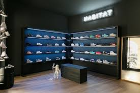 Habitat store by The Reflection Studios Treviso – Italy  Retail