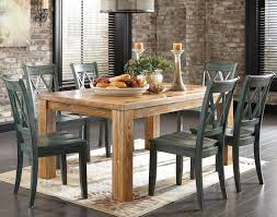 distressed wood dining table decor