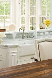 Farmhouse Sinks With Vintage Charm