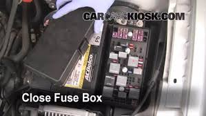 replace a fuse 2004 2008 chevrolet bu 2004 chevrolet bu 6 replace cover secure the cover and test component