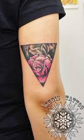 Kugisneotraditional Kugis Kugistattoo Colour Linework Rose Triangle