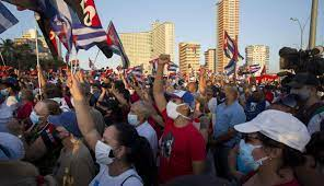 Cuba government rallies backers ...