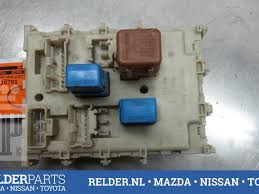 used nissan almera tino (v10m) 1 8 16v fuse box 24350bu210 fuse box nissan almera 2003 fuse box from a nissan datsun almera tino (v10m) 1 8 16v 2003 Fuse Box Nissan Almera 2003