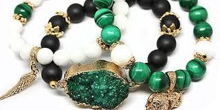 Что подарить научному руководителю обзор памятных женских или  Комплект браслетов из натуральных камней