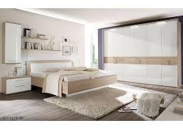 Moderne Schlafzimmer legen Wert auf Design.   weko