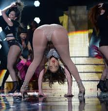 Jennifer Lopez Pussy Upskirt on set filming Gigli in 2002.
