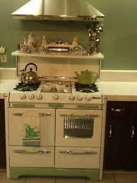 Our Readers' Amazing Antique Stoves and Ovens