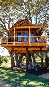 Hill Country Hideout- Pete Nelson - Treehouse Masters Season 9
