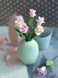 How To Make A Simple Paper Flower Bouquet Learn How To Make A Bouquet Of Simple Spiral Paper Roses