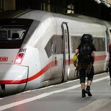 Check spelling or type a new query. Das Mussen Reisende Zum Bahnstreik Wissen Abendzeitung Munchen