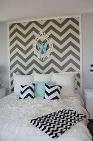 ... Trendy rug brings vivacious chevron brilliance to the kids' room  [Design: B.