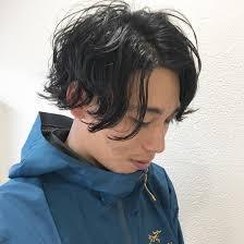 直毛で硬い髪も ゆるめのパーマで 柔らかくananda所属丸山綾香のヘア