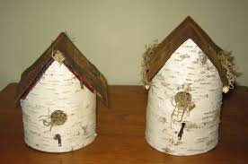 Log Crafts Birch Craft Make A Birdhouse Using Birch And Old Signs Rustic
