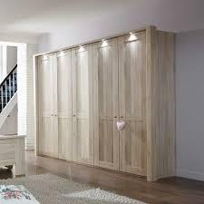 Schlafzimmer Kleiderschrank Caldizza 5 Türig Pharao24de