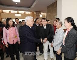 Image result for Nguyễn Phú Trọng bị dân chất vấn...