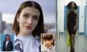 Transgender woman, 20, says she felt she had to 'suck up' to doctors so  they'd agree to her surgery | Daily Mail Online