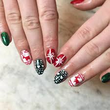 Ugly Sweater Holiday Nail Art | POPSUGAR Beauty