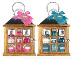 winter in venice lantern bath gift set 20 38 costco