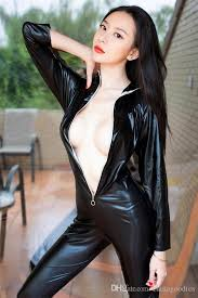 Sexy japanese women in leather