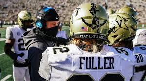 Sarah Fuller becomes the first woman to score in a Power Five football game  – The Vanderbilt Hustler