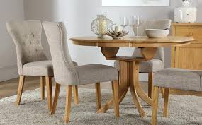 round table and chair set unique round dining table and chairs round extending dining table 4