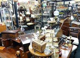 Interesting And Wide Collection Of Vintage Antique Items
