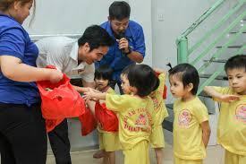 Mang Tết Trung thu đến cho trẻ em mồ côi - Đại Học Công Nghệ Đồng Nai, Việt  Nam, dntu.edu.vn