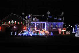 Christmas Light Displays In Southeast Michigan Lighting Up Your Holidays Holiday Light Displays In And