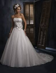 31 best dream gowns images on pinterest wedding dressses Wedding Dress Shops Queen St Mall a line strapless flower satin organza organza wedding dress love the headpiece with this dress i love how simple it is and then just adding a flower wedding dress shops queen street mall
