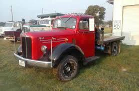 Mack A 40 (1953) : Daycab Semi Trucks