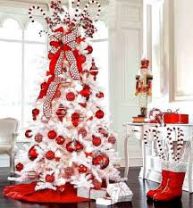 White Christmas Tree With Red Decorations (20)