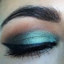 glitter hulk eye makeover look