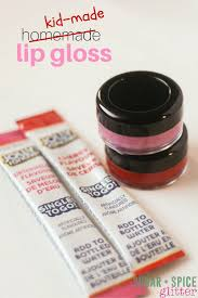 this homemade lip gloss is the perfect homemade gift or party favour perfect for a