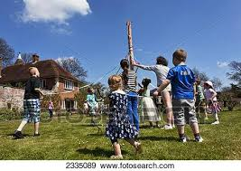 Great Chart Kent England Kids Dancing Round Maypole Great Chart Kent England Uk