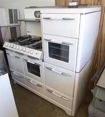 oh so in love this 60 o keefe merritt aristocrat king of 1950 56 inch o keefe merritt town country stove 6 burners double oven 2 ovens 2 broilers storage drawers and b warmer awesome