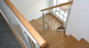 Ob dachbodentreppe, spindeltreppe oder außentreppe. Handlauf Vorschriften Das Mussen Sie Beachten