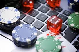 How did online casino games become so popular?