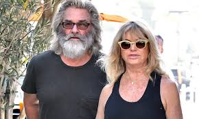 On march 17, 1951, kurt russell was born in springfield, massachusetts, to parents bing and louise russell. Kurt Russell S The Image Of Santa Claus As He Takes His Love Goldie Hawn And Son Wyatt To Breakfast Daily Mail Online