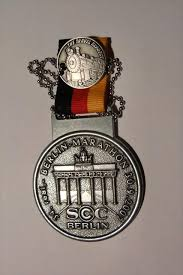 berlin marathon medals